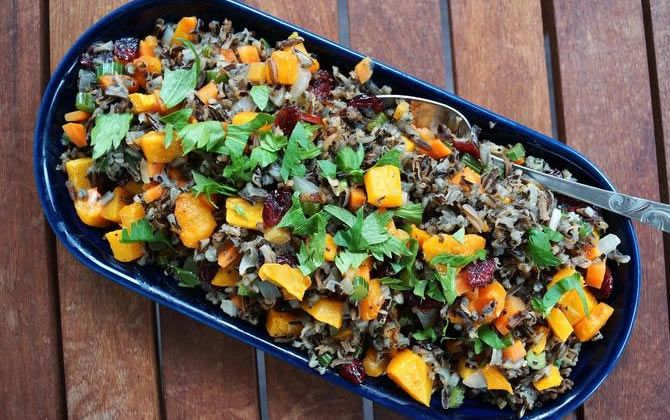 healthy Thanksgiving recipe: butternut squash + wild rice